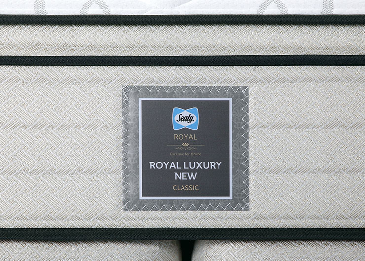 1_0003_ROYAL-LUXURY-NEW-CLASSIC-9